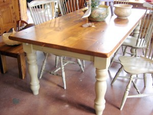 Thick top vintage, large turned leg - any size tables