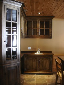 Bistro kitchen w bar table and stools