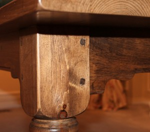 Table Leg with Scrolled Apron